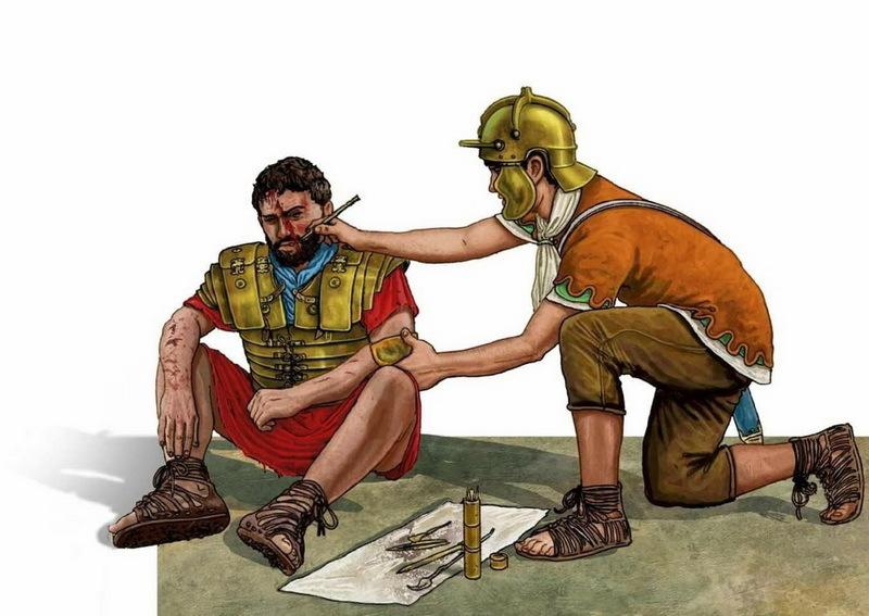 Римский медик оказывает помощь раненому на поле боя