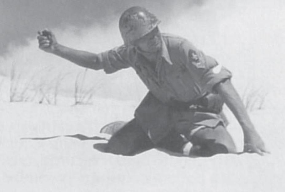âÐбÑÑÐµÐ½Ð¸Ñ Ð±Ð¾Ñ Ð³ÑанаÑами ÑделÑлоÑÑ Ð¾ÑÐµÐ½Ñ Ð±Ð¾Ð»ÑÑое внимание. Crociani P., Battistelli P.P. Italian Army Elite Units & Special Forces 1940-43. â Oxford: Osprey Publ., 2011 - ÐаÑÑаÑоÑи: Ð¿ÑокладÑÐ²Ð°Ñ Ð¿ÑÑÑ Ð¿ÐµÑоÑе | Warspot.ru