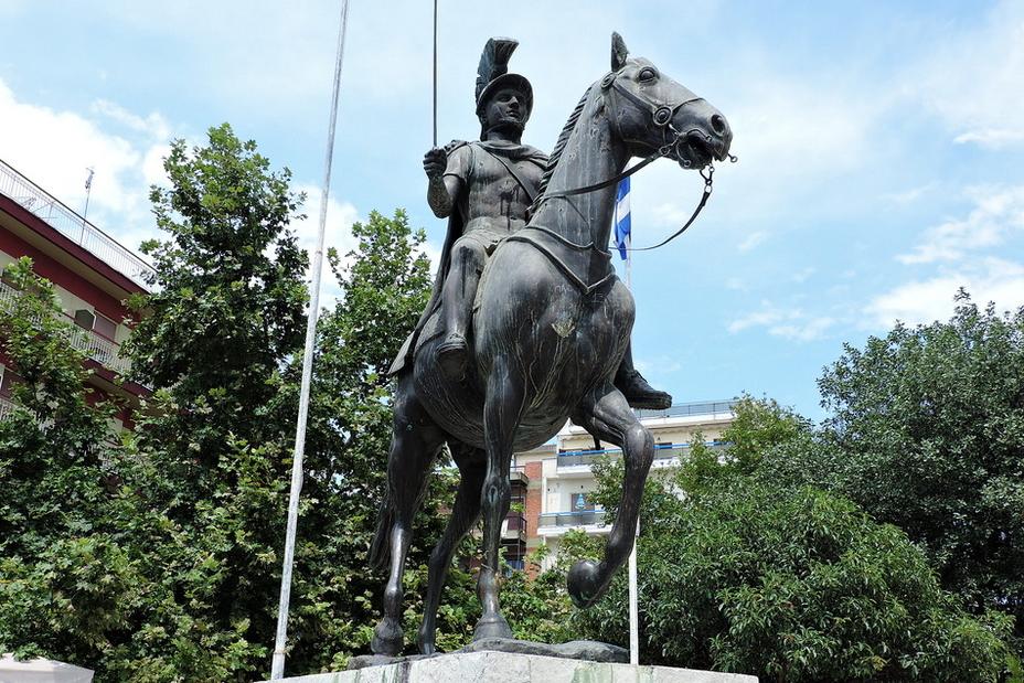 Ещё одно скульптурное изображение эпирского царя из ещё одного греческого города Арта - Пирр: авантюрист, полководец, правитель | Warspot.ru