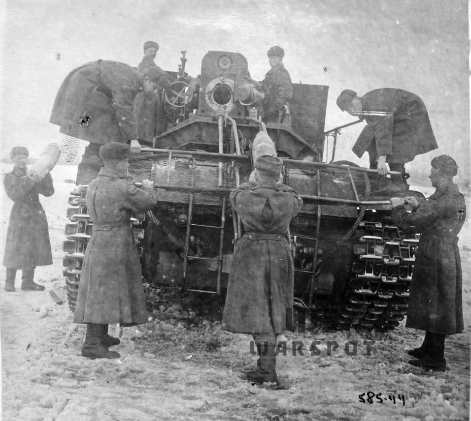 Расчёт С-51 заряжает орудие с земли - Крупнокалиберные кабриолеты | Warspot.ru