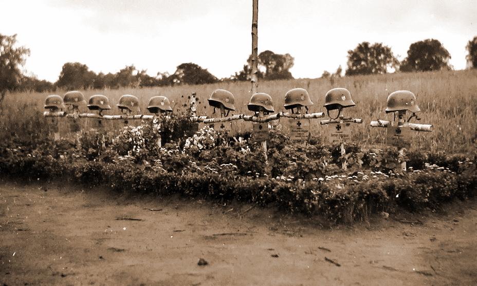 Каждый прибавившийся на советской земле крест в начавшейся войне на истощение значил очень много - Нестандартное 22 июня | Warspot.ru