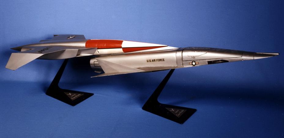 Двухступенчатый сверхзвуковой бомбардировщик Convair Super Hustler, 1956 год - «Стелс»: первые пять лет | Warspot.ru