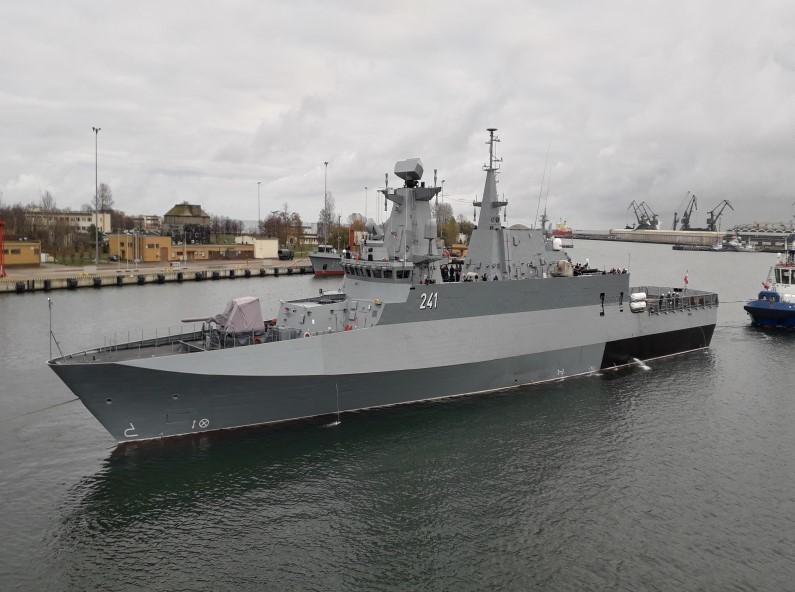 Патрульный корабль ORP Slazak. navaltoday.com - Slazak: неудавшийся корвет на испытаниях | Warspot.ru