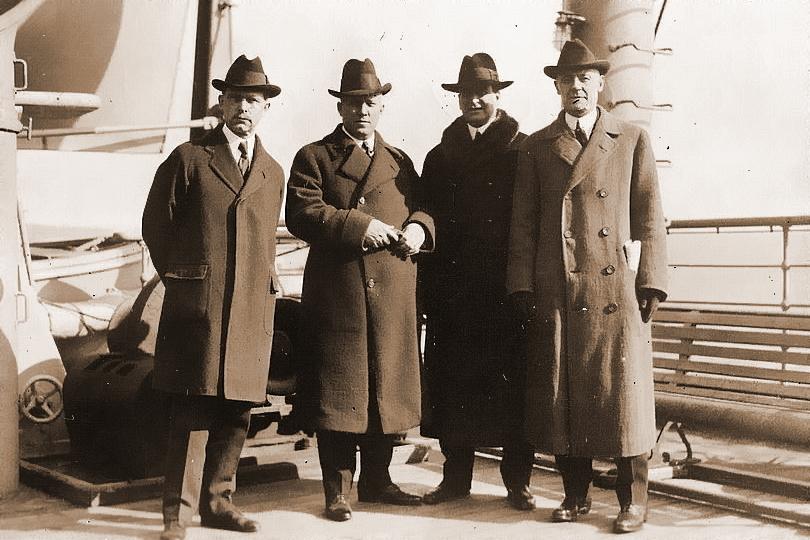 Люди из секретной службы, охранявшей американского президента, снимок сделан между 1915 и 1920 гг. - Первые шаги к ЦРУ | Warspot.ru