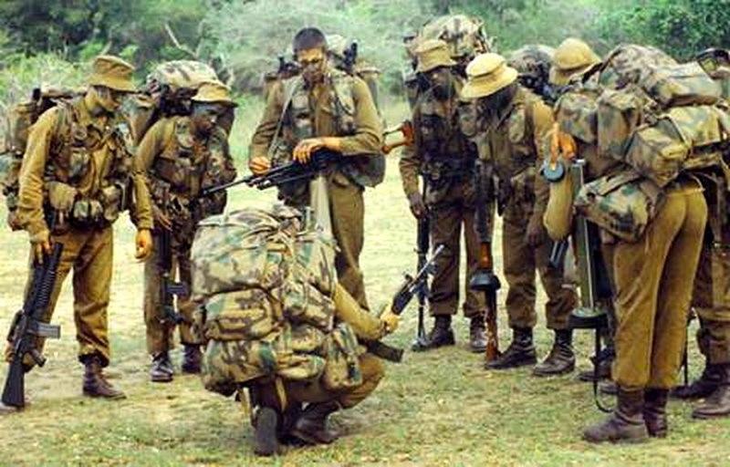 Группа бойцов Рекки во время отбора