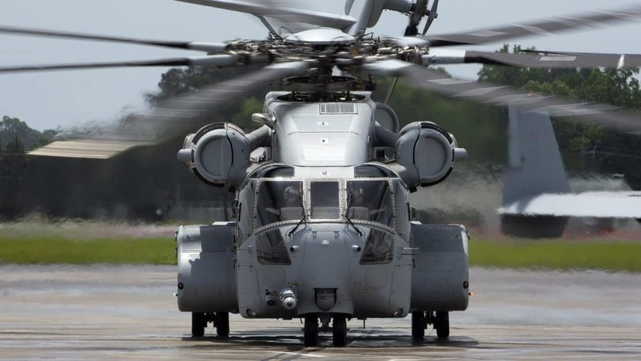 ​Вертолёт CH-53K King Stallion. defence-blog.com - «Чинук» против «Жеребца» | Warspot.ru
