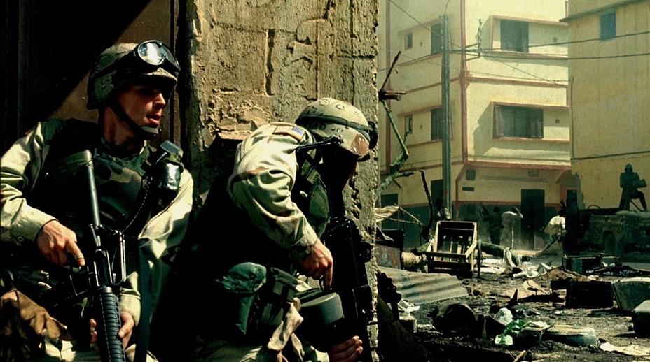 Сражение в Могадишо — идеальный выбор для военного экшена: это локальный конфликт, который не успел затянуться - Warspot про кино: «Чёрный ястреб» и тонкий расчёт Ридли Скотта | Warspot.ru