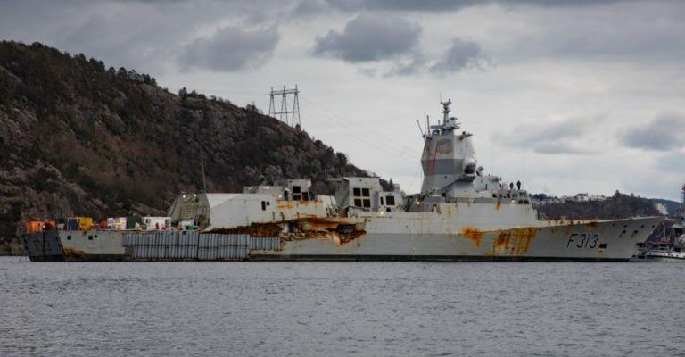 https://warspot-asset.s3.amazonaws.com/articles/pictures/000/068/380/source/norwegian-frigate-hnoms-helge-ingstad-returns-to-water2-768x484-768x400-1555354665-e3d8f52ed9548dd975516a51ff938aa2.jpg