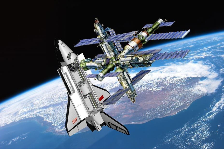 Корабль «Буран», пристыкованный к орбитальному комплексу «Мир-2». buran.ru - Ненаступившее будущее советской космонавтики | Warspot.ru