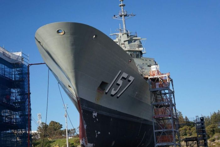 ​Фрегат HMAS Perth в сухом доке. abc.net.au - HMAS Perth: в ожидании моряков | Warspot.ru