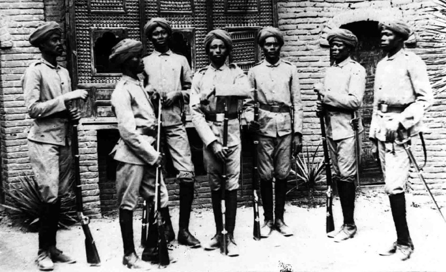Аскари Виссмана — наёмники из Судана. germancolonialuniforms.co.uk