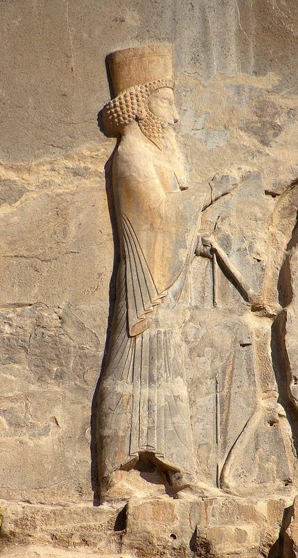 Рельефное изображение Артаксеркса II. en.wikipedia.org - Анабасис: по следам греческих наёмников | Warspot.ru