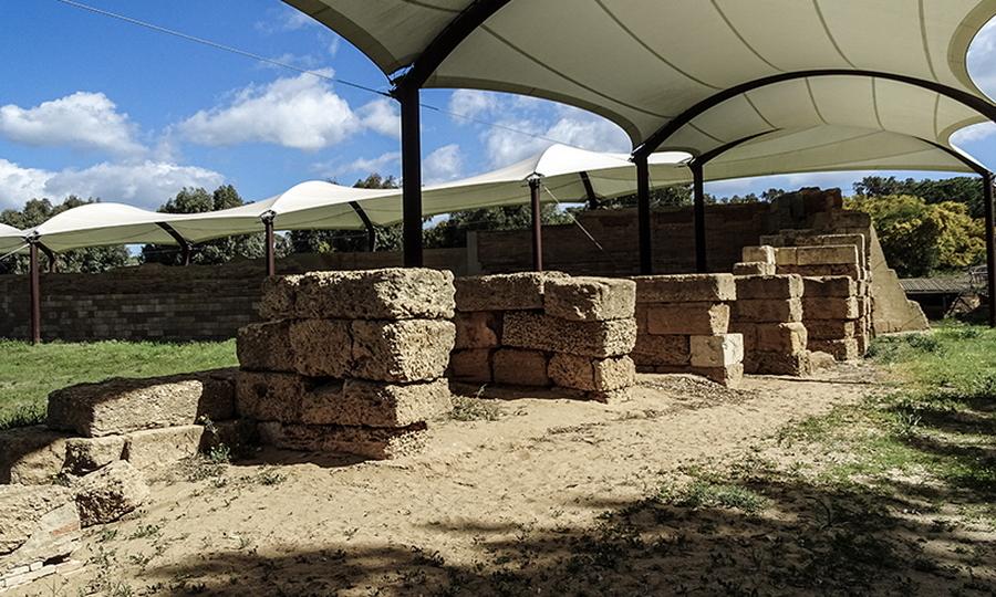 Стены, построенные Тимолеоном вокруг сицилийского города Гела, являются единственным сохранившимся на Сицилии примером греческой фортификации - Борец с тиранами   Warspot.ru