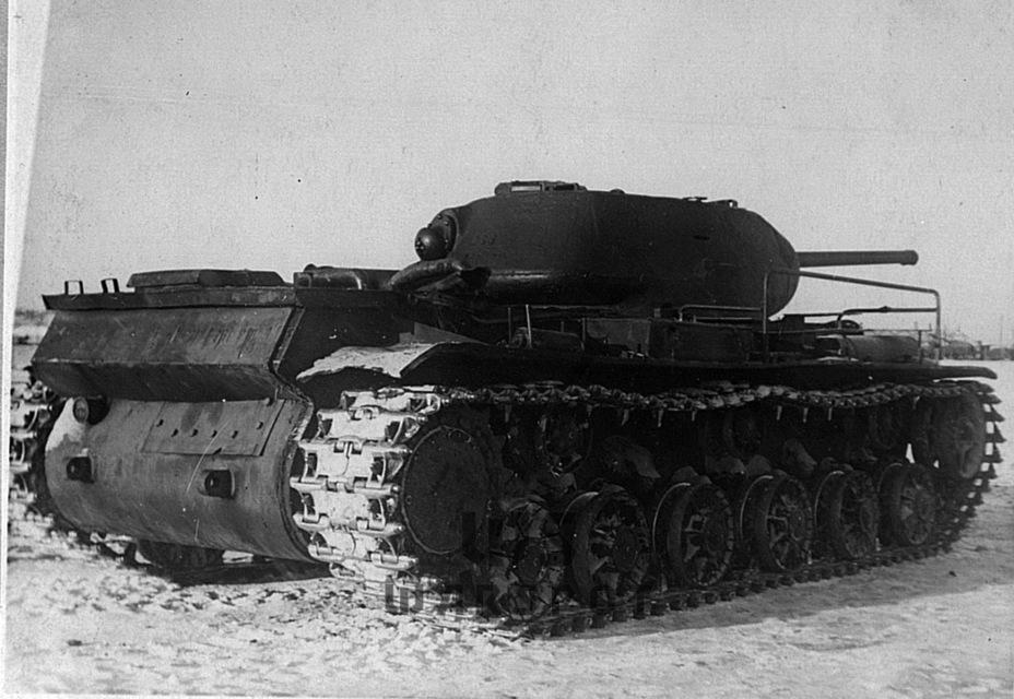 Опытный танк ЭКВ, на котором отрабатывалась электромеханическая трансмиссия для тяжёлых танков - Не попавший в амплитуду   Warspot.ru