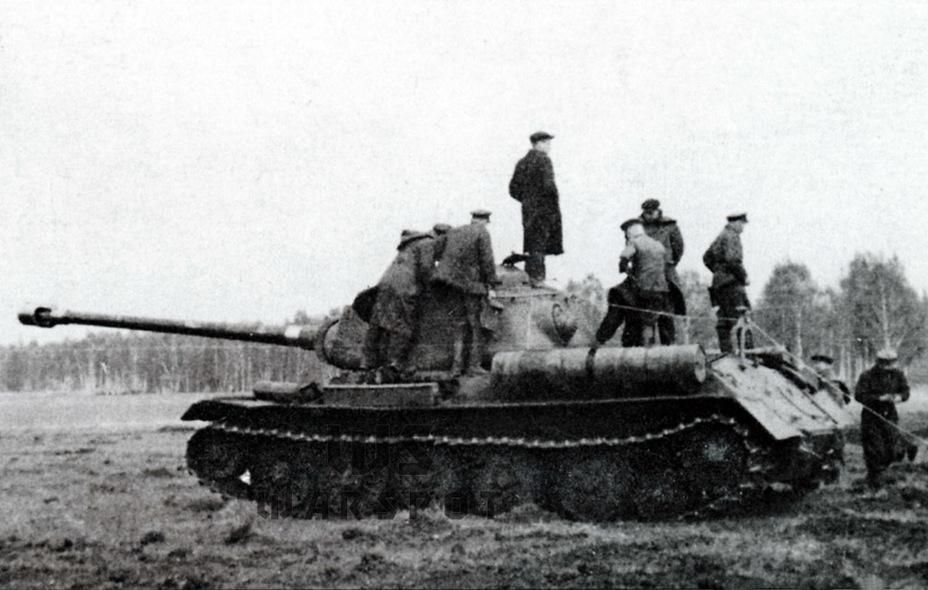 Испытания новых опорных катков для ИС-6 и 122-мм орудия БЛ-13 на Объекте 244, 1945 год - Не попавший в амплитуду   Warspot.ru