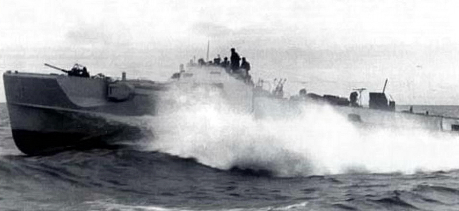 Немецкий торпедный катер S-100 на полном ходу - Шнелльботы против «Нептуна» | Warspot.ru
