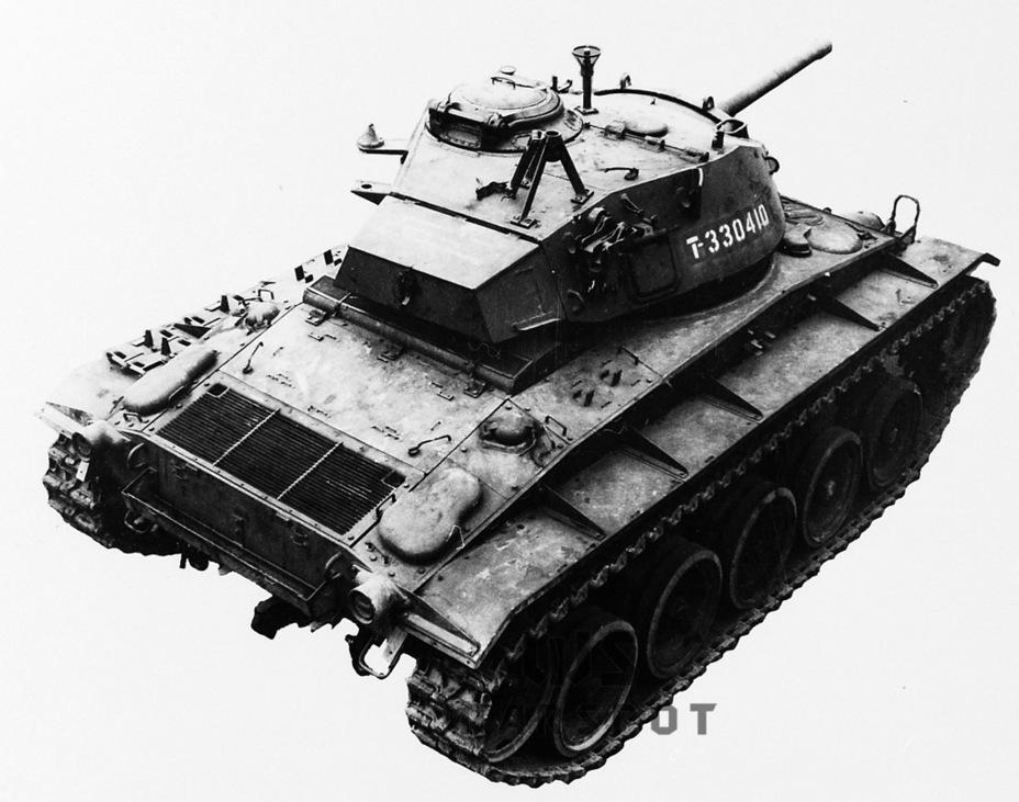 Chaffee I — первый экземпляр, попавший на изучение в Англию. Всего туда попало 289 танков данного типа - Лёгкий и долгоиграющий   Warspot.ru