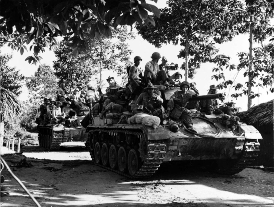 Французские Light Tank M24 в Индокитае. Французы оказались самыми активными операторами M24 после американцев, всего им досталось около 1200 танков данного типа - Лёгкий и долгоиграющий   Warspot.ru