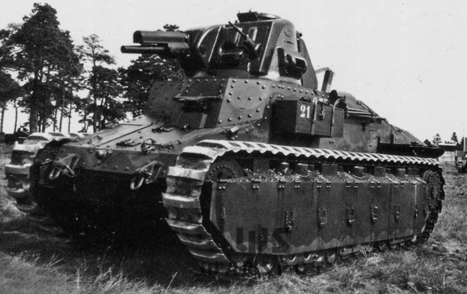 Единственный удачный «выхлоп» французского танкостроения 20-х годов — Char D1. Танк пришлось дорабатывать больше пяти лет, но в итоге он оказался едва ли не самым удачным среди французских боевых машин условно лёгкого класса - Колосс на глиняных ногах | Warspot.ru