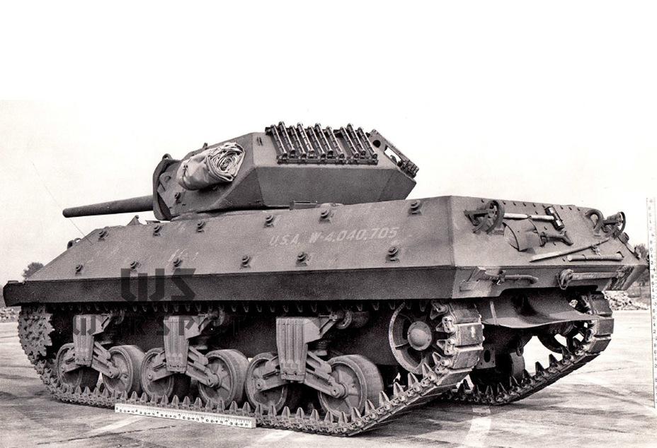 Первый серийный образец GMC M10 на Абердинском полигоне, сентябрь 1942 года. Такую конфигурацию имели первые серийные машины данного типа - Средний истребитель по-американски | Warspot.ru