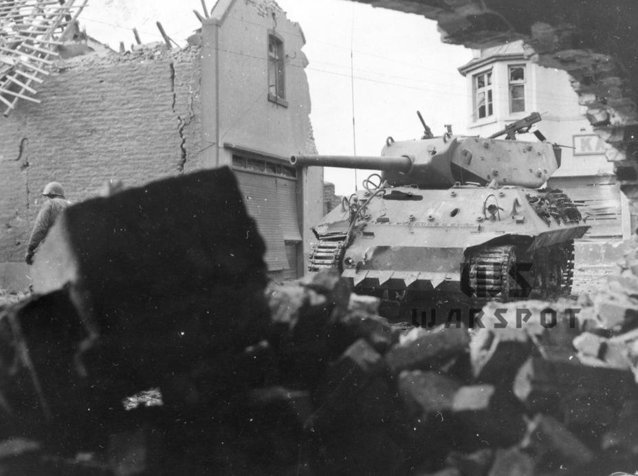 Существенным минусом машины была слабая броня — впрочем, это касалось всех без исключения американских танков того периода - Средний истребитель по-американски | Warspot.ru