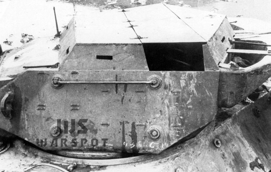 Самый известный вариант импровизированной крыши, изготовленный в начале 1945 года - Средний истребитель по-американски | Warspot.ru