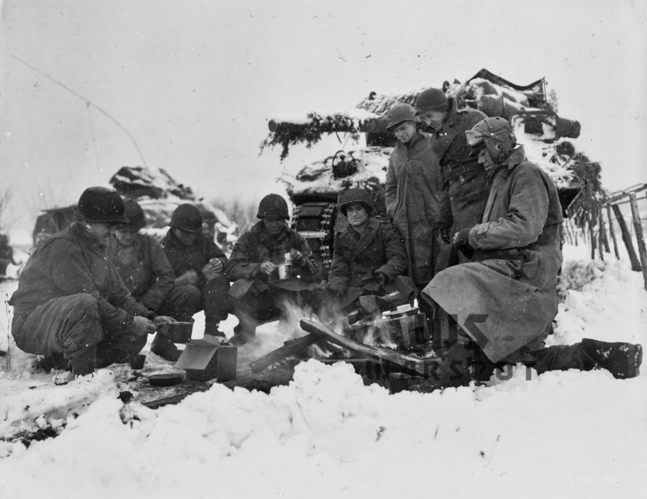 До самого конца Второй мировой войны GMC M10 оставались наиболее массовыми американскими истребителями танков - Средний истребитель по-американски | Warspot.ru