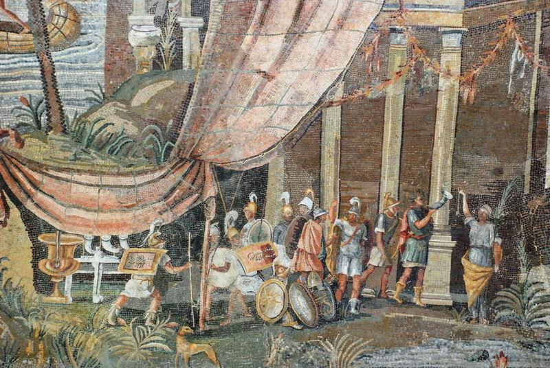 Фрагмент «Нильской мозаики» из Палестрины (Италия) с изображением римских или египетских воинов. Сама мозаика 5,85×4,31 м изображает русло Нила и сцены из египетской жизни эпохи Птолемеев. Скорее всего, она была создана около 100 года до н.э. для украшения храма Фортуны и отражает увлечение римской элиты того времени Египтом. commons.wikimedia.org - Римляне в стране фараонов | Warspot.ru