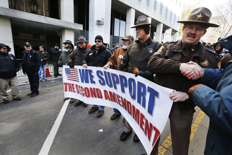  - Протест с оружием в руках | Warspot.ru