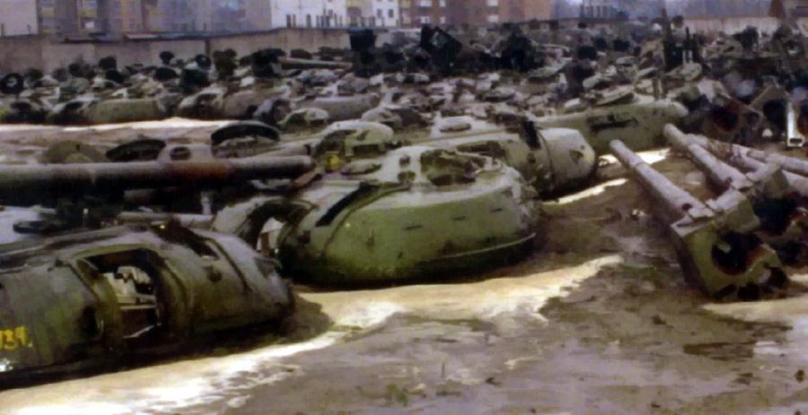 Выведенные из Европы Т-64. Апрель 1998 года, 140-й ремонтный завод, Борисов (Беларусь) - Чистая «шестьдесятчетвёрка» | Warspot.ru