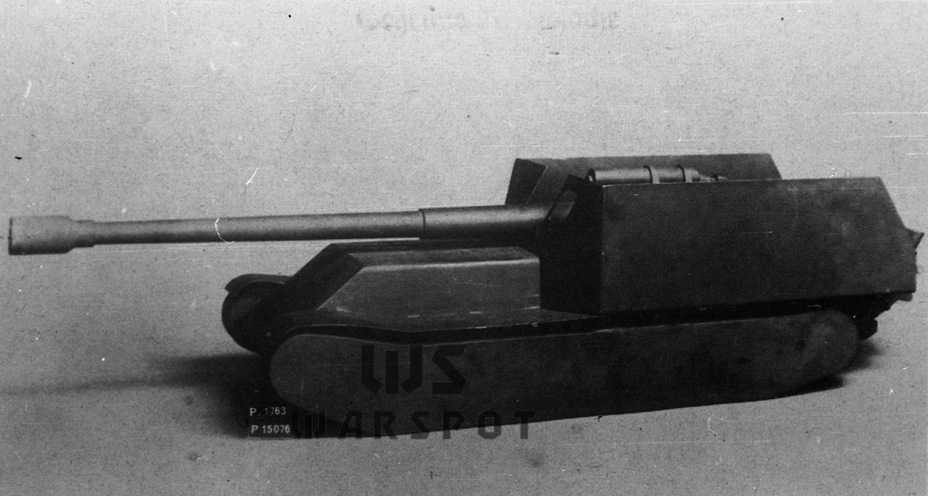 Model 17 cm K Sfl., Beginning of July 1942.  This very model was shown to Hitler - Overgrowth Cricket |  Warspot.ru