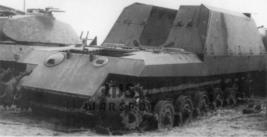 Partially finished chassis 17 K.72 (Sf) GW.Tiger, Henschel landfill in Haustenbeck - Overgrowth cricket |  Warspot.ru