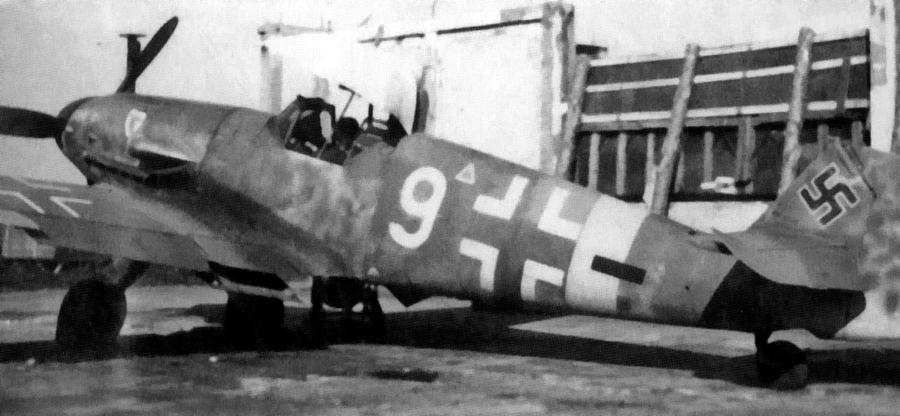 Истребитель «Мессершмитт» Bf 109G-4 из отряда 4./JG 3 на аэродроме, весна 1943 года - Победы и поражения Лидии Литвяк | Warspot.ru