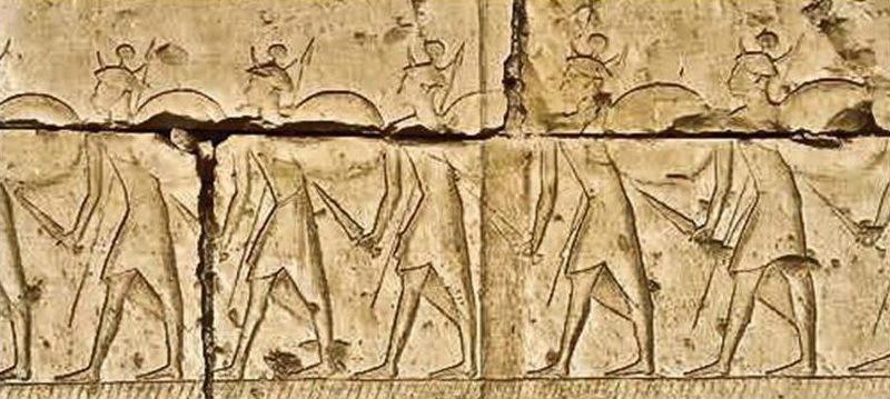 Воины-шердана. Изображение на стене храма Рамзеса II в Абидосе. enim-egyptologie.fr - Медные люди в Египте  | Warspot.ru