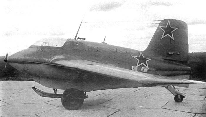 Немецкий серийный ракетоплан Me 163 Komet на испытаниях в Советском Союзе airwar.ru - Смертоносные «Кометы» | Warspot.ru