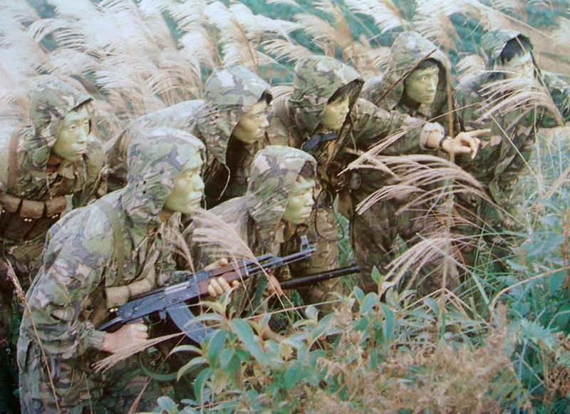 Диверсионная группа китайской армии - Первая социалистическая война | Warspot.ru