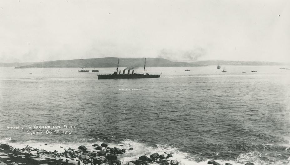 Крейсер Sydney заходит в Сиднейскую гавань, 4 октября 1913 года navy.gov.au - Победитель «корсаров Кайзера»   Warspot.ru