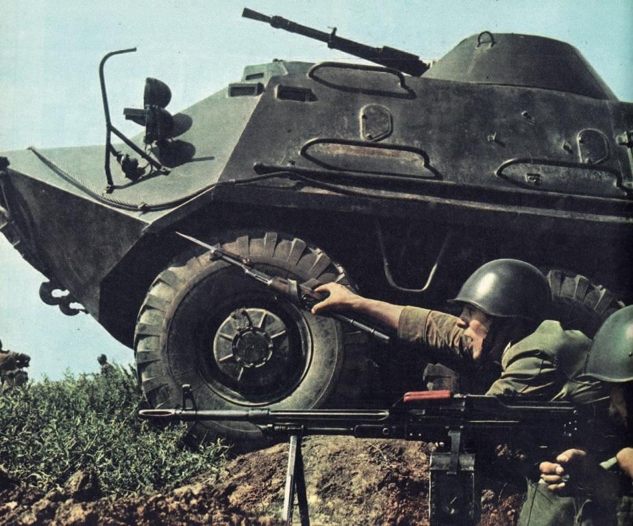 Вперёд, на Италию! Румынские механизированные войска на учении