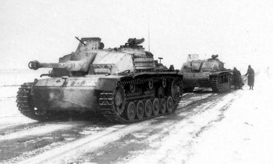 Немецкие штурмовые орудия StuG III, январь-февраль 1944 года - «Горячий снег» под Цибулевом | Warspot.ru