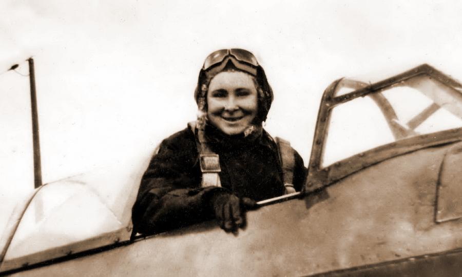 Летчик-истребитель 267-го иап младший лейтенант Мария Кулькина в кабине Як-1 - «Тот факт, что я убил женщину, стал для меня тяжёлым ударом…»   Warspot.ru