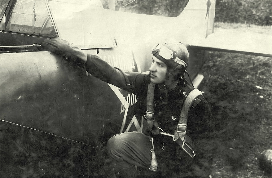 Летчик 5-го гвардейского истребительного авиаполка Евгений Яременко у Ла-5 «Комсомолец Дальстроя» - «Тот факт, что я убил женщину, стал для меня тяжёлым ударом…»   Warspot.ru