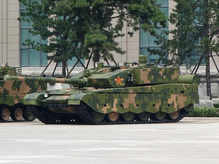 Общий вид танка «тип 99А2» Wolski J. Chińska pencerna pięść — Typ 98 i Typ 99. Nowa Technika Wojskowa, 2019, №3 - Догнать и перегнать конкурентов | Warspot.ru