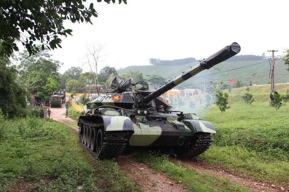 Модернизированный танк T54B baoquankhu1.vn - Танки Т-55 прошли модернизацию. Бревно на месте   Warspot.ru