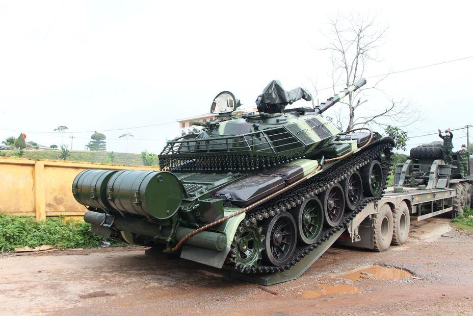 Модернизированный танк T54B. Без бревна не обойтись даже в XXI веке baoquankhu1.vn - Танки Т-55 прошли модернизацию. Бревно на месте   Warspot.ru
