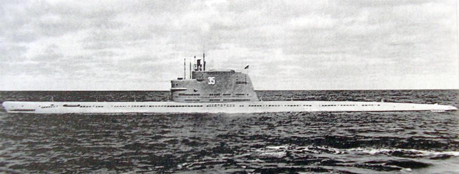 Подводная лодка Б-67 проекта 611 на ходовых испытаниях; 1955 год bastion-karpenko.ru - Гроза над океаном   Warspot.ru