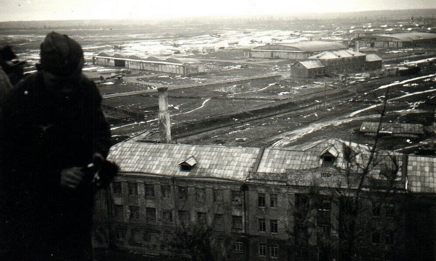 Панорама аэродрома Сиверская - Шесть пишем — десять в уме?   Warspot.ru