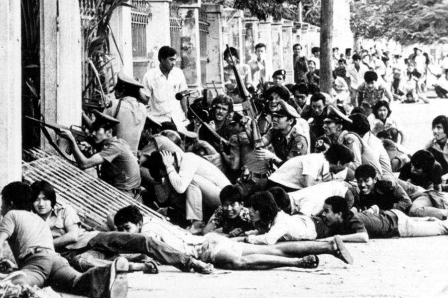 Подавление студенческих волнений в Бангкоке — Час красного быка   Warspot.ru